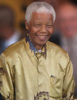 Nelson_Mandela-2008_
